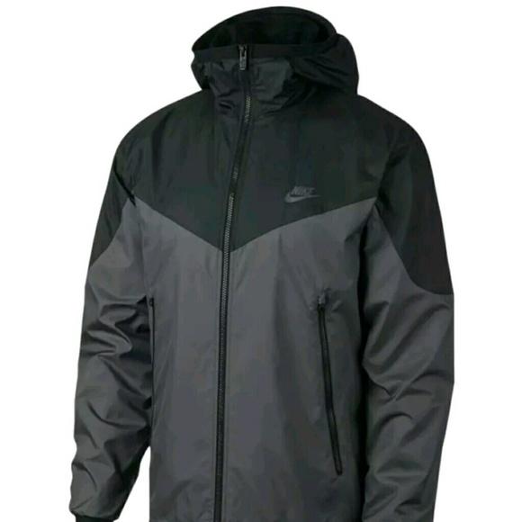 d351d45491ae Men s 2XL Nike Windrunner Jacket NWT